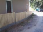 dřevěné plotovky a podhrabová deska